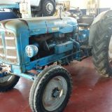 Trattore d'epoca Fordson major 55