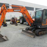 Escavatore  dx60 doosan