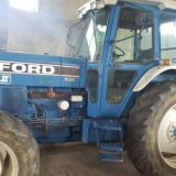 Trattore Ford  8210