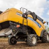 Mietitrebbia New holland Cx8060