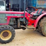 Trattore New holland  82/86