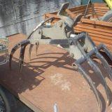 Pinza per tronchi  per escavatore artigianale