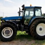 Trattore New holland  8560
