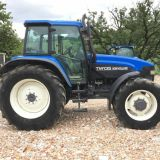 Trattore New holland  Tm 135