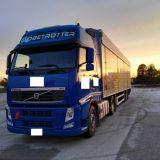 Camion Volvo Fh13-460 con walking floor tisvol