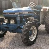 Trattore Ford  3910
