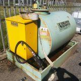 Serbatoio cisterna  distributore gasolio-benzina da 1300 litri emiliana serbatoi