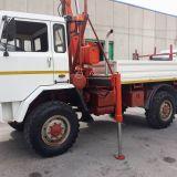 Camion  80.17 4x4 con gru