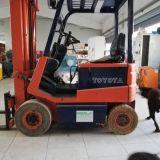 Muletto  Toyota elettrico