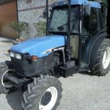 Trattore New holland  Tnf80