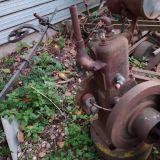 Motore antichissimo  A scoppio per museo