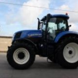 Trattore New holland  T7.200