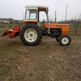 Trattore Renault  651s