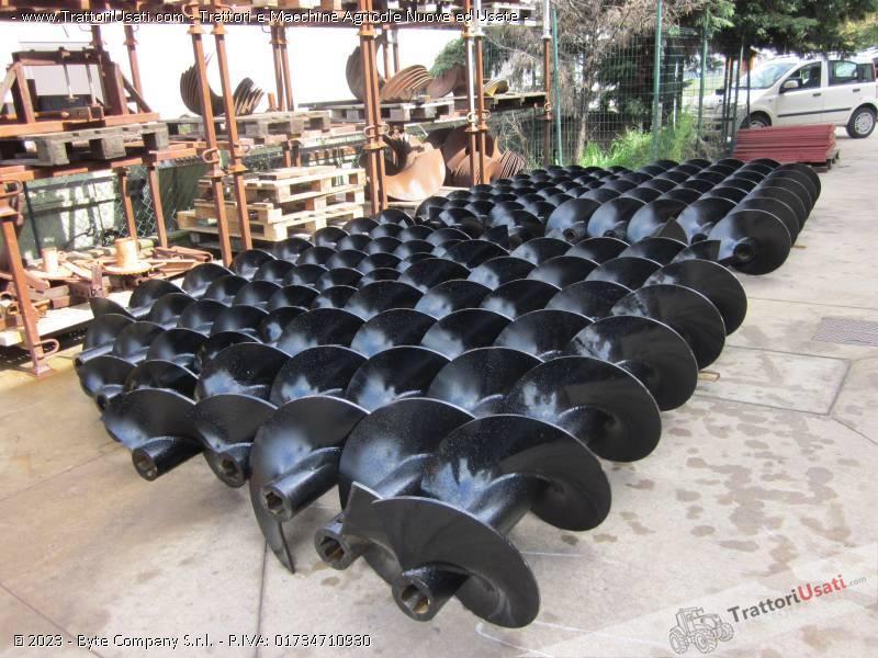 Foto Annuncio Realizzo coclee  - professionali per trivellazioni venturi alberto