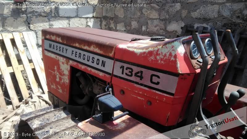 Foto Annuncio Trattore cingolato massey fergusson - 134 c