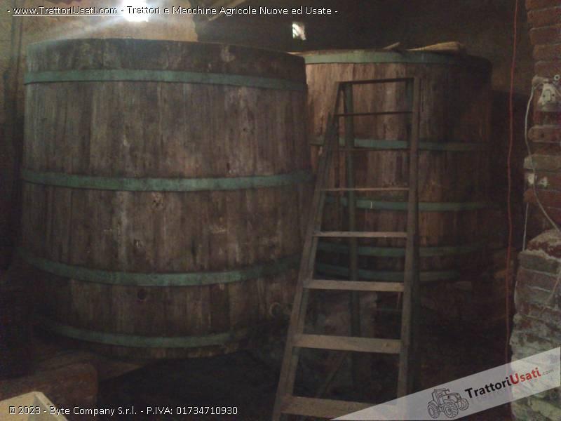 2 tini  - in legno da fermentazione 0