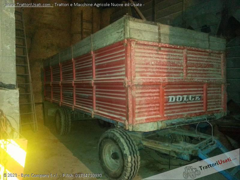 Rimorchio agricolo 5 x 2 metri for Rimorchio agricolo piemonte