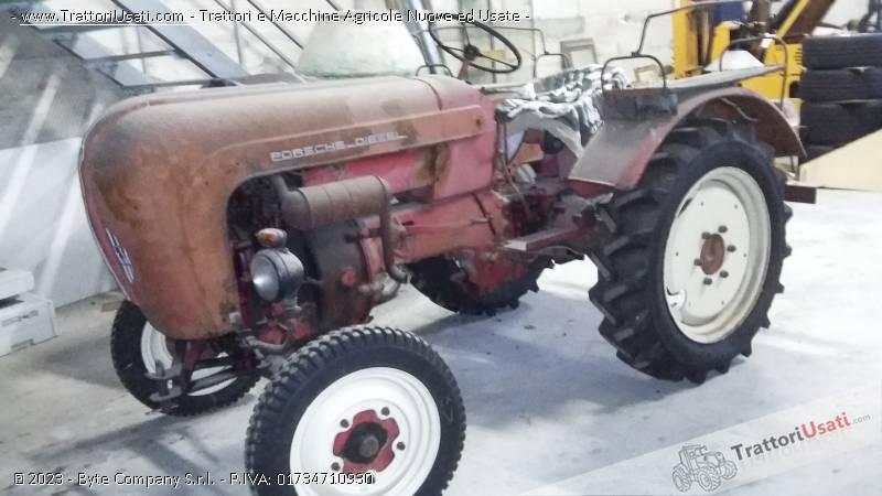 Trattore d'epoca porsche - junior 108 diesel monocilindro 0