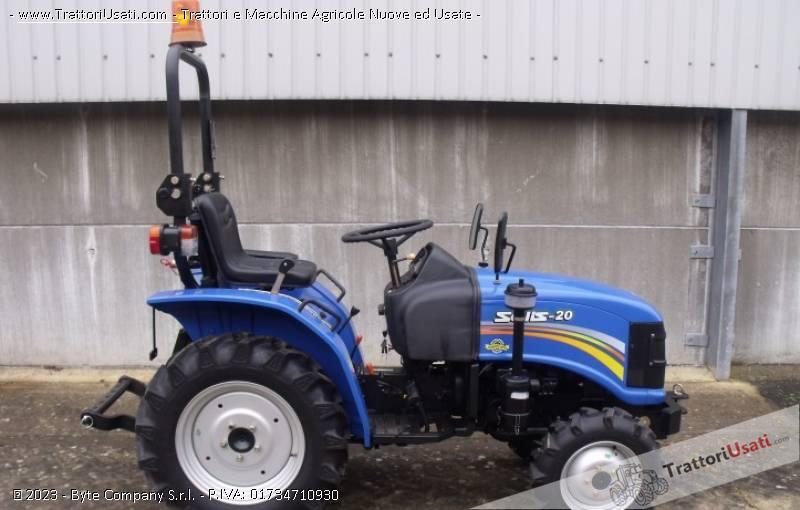 low priced 13e84 80c16 Trattore Solis 20 cv mini trattore