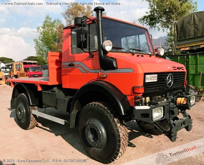 Unimog mercedes - u2150 1