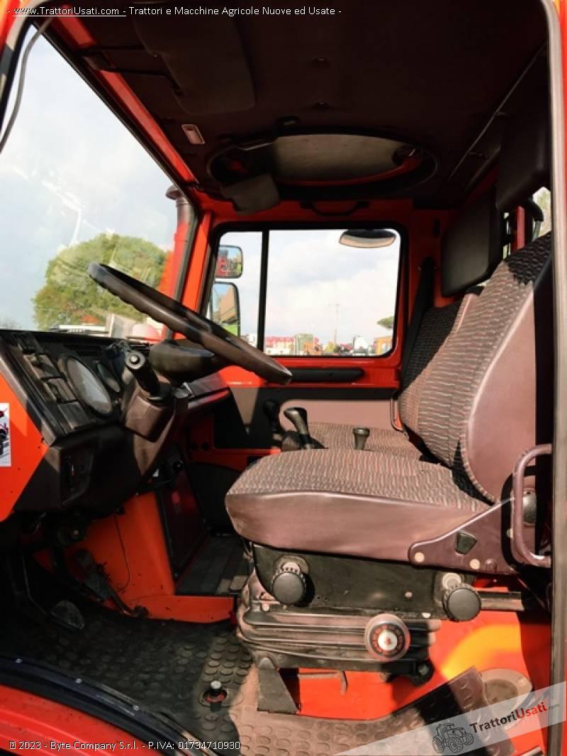 Unimog mercedes - u2150 5