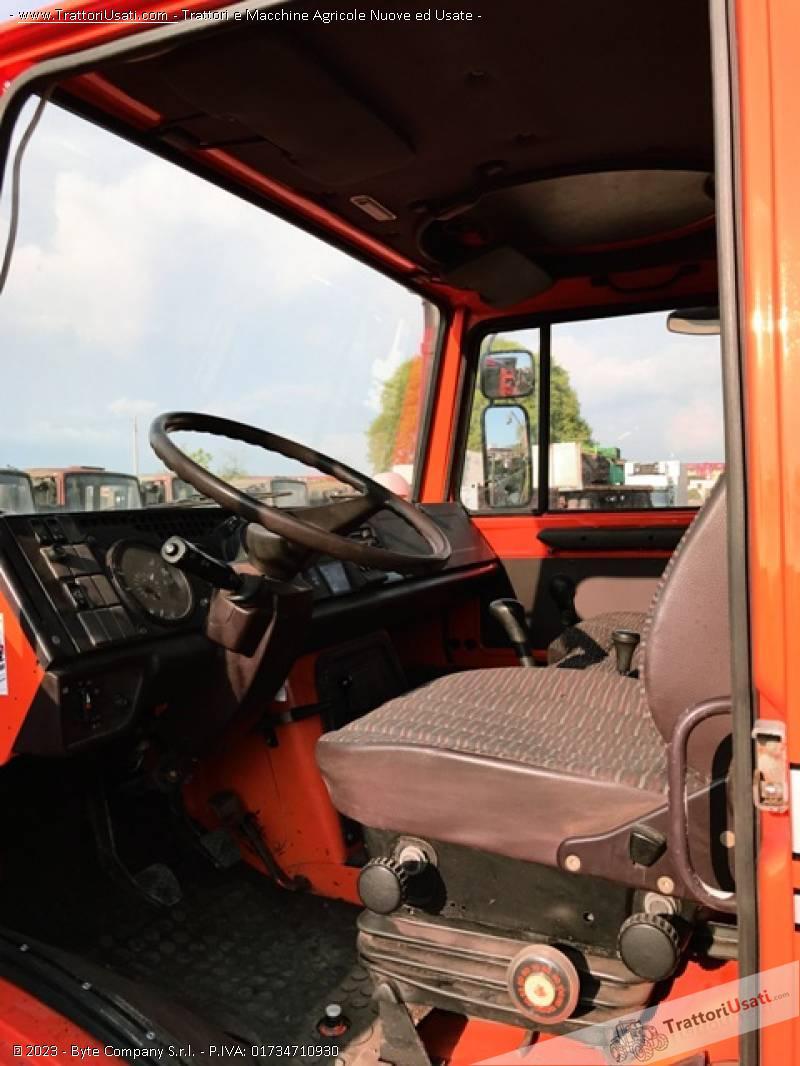 Unimog mercedes - u2150 6