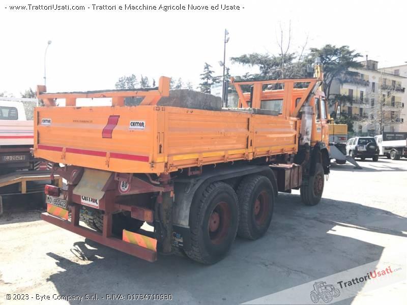 Camion  - iveco magirus 256m33 2