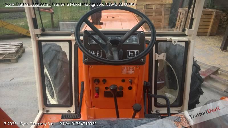 Trattore fiat - 880 dt-4 4
