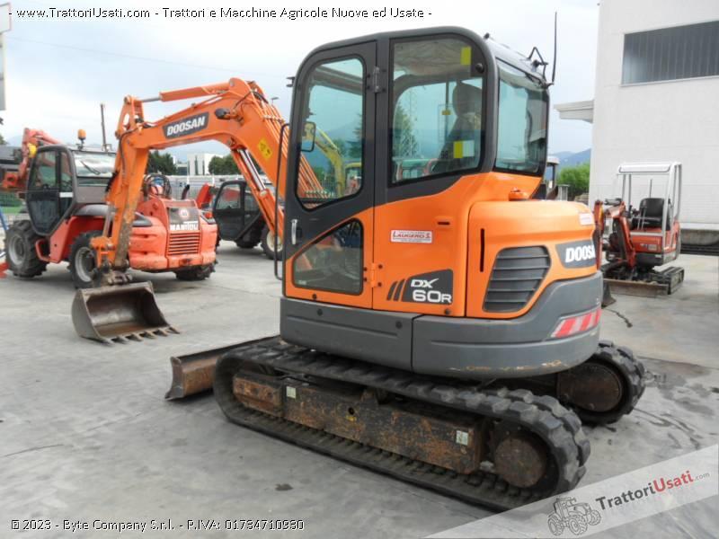 Escavatore  - dx60 doosan 2