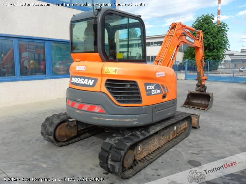 Escavatore  - dx60 doosan 4