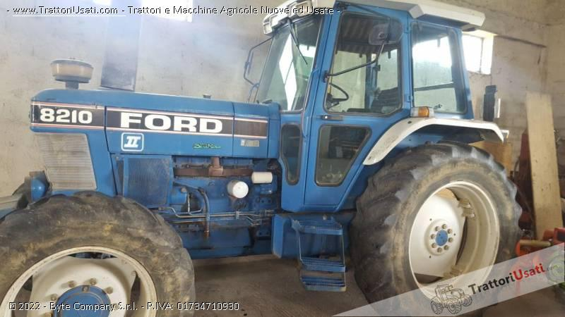 Trattore ford - 8210 1
