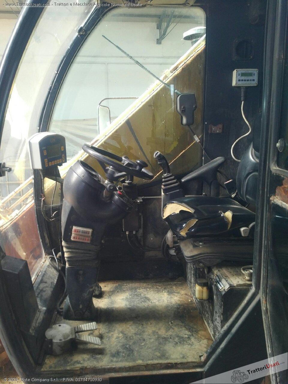 Carro miscelatore semovente  - rover jumbo 26 matrix 3