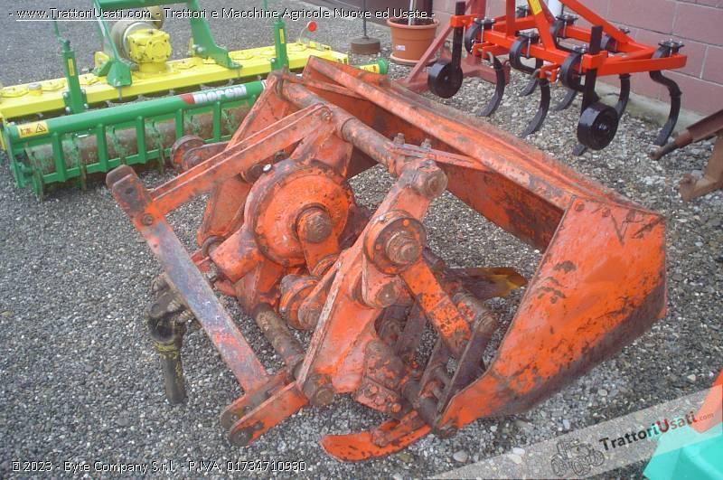 Vangatrice v6 74 s 130 gramegna for Gramegna macchine agricole