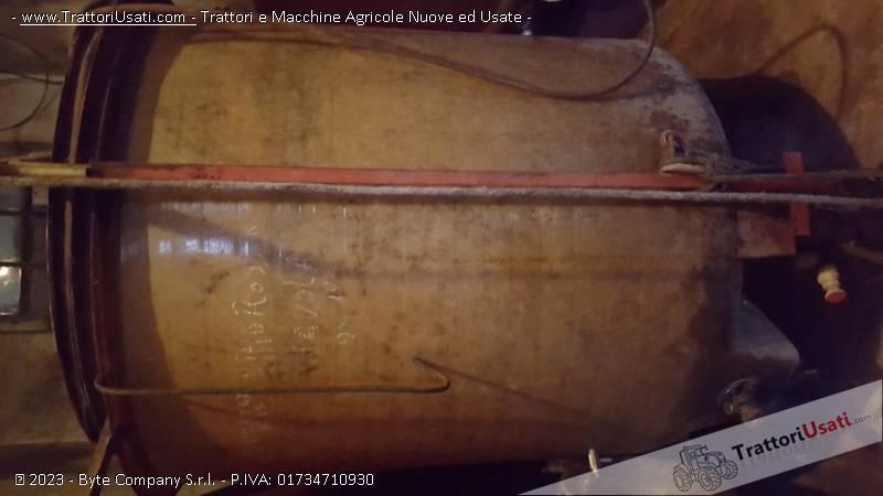 2 cisterne  - vetroresina 1