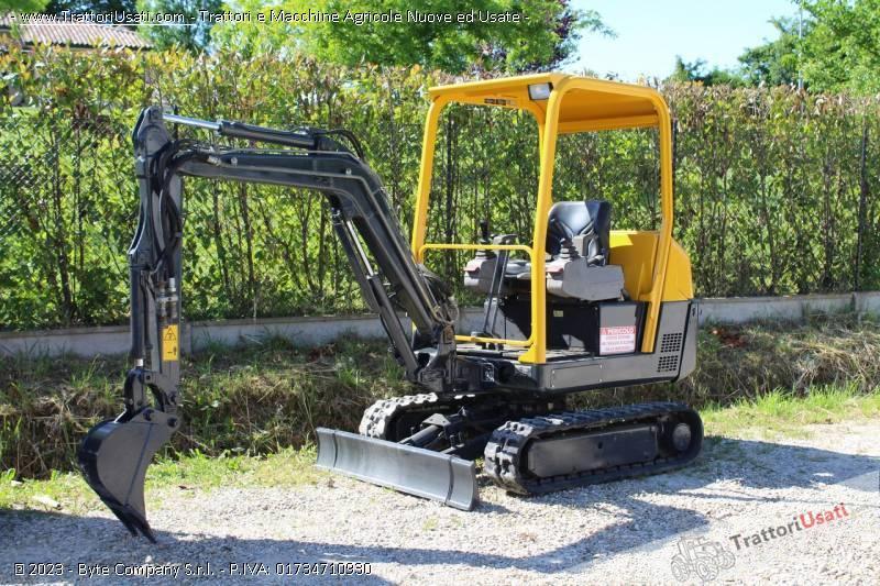 Mini escavatore volvo - ec15 usato 0