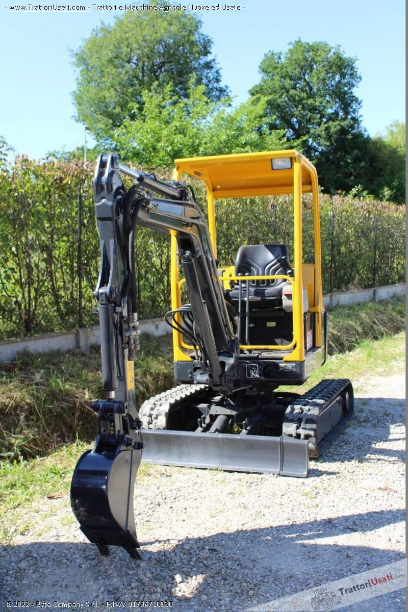 Mini escavatore volvo - ec15 usato 1