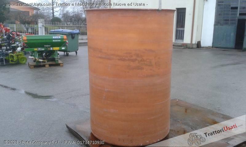 Cisterna  - semprepieno in vetroresina lt 2000 0