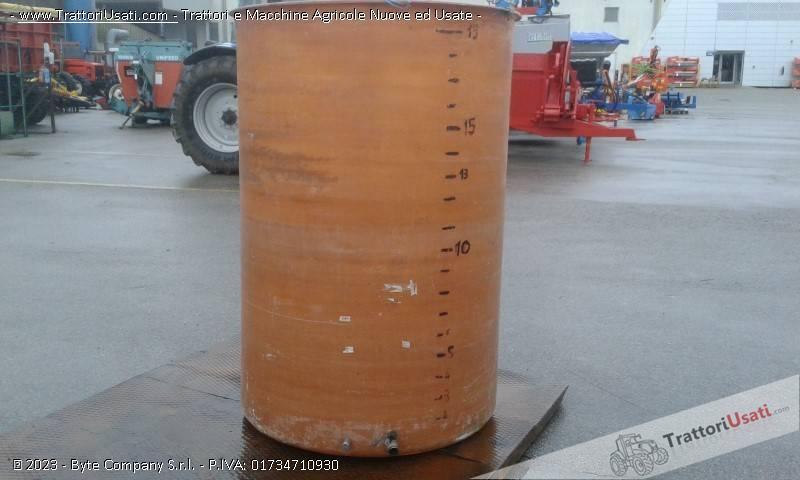 Cisterna  - semprepieno in vetroresina lt 2000 2