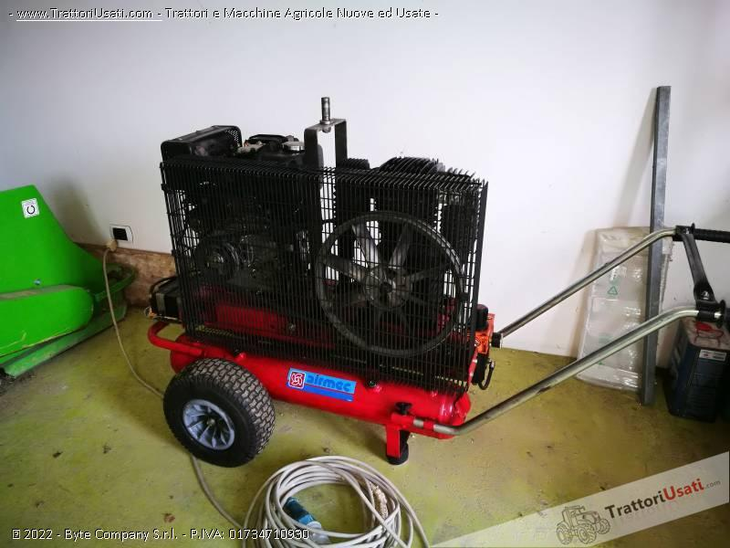 Motocompressore diesel  - mc 650 ferroni carrellato 0
