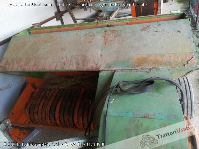 Pressa raccoglitrice gallignani - 3000 0