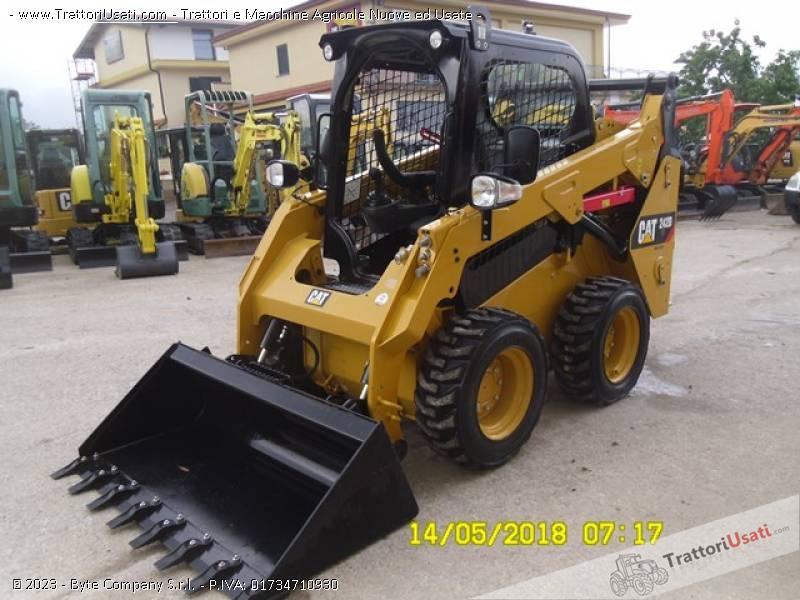 Pala  - 242d caterpillar 9
