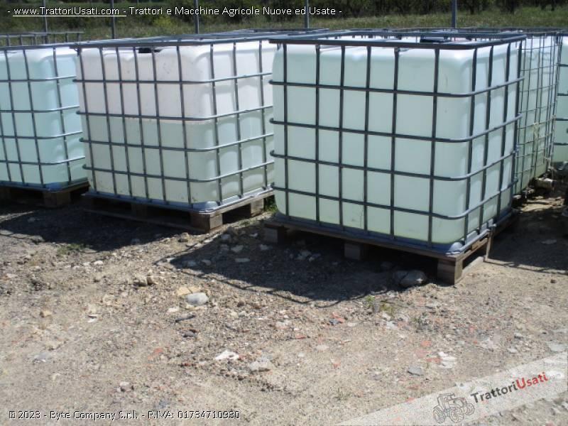 Botte  - cubo 1000 litri per liquidi 0
