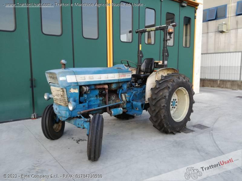 Trattore ford - 5000 0