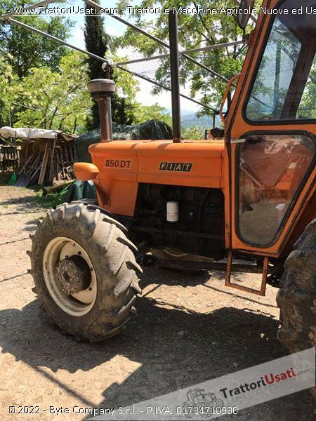 Trattore om - 850 dt 0