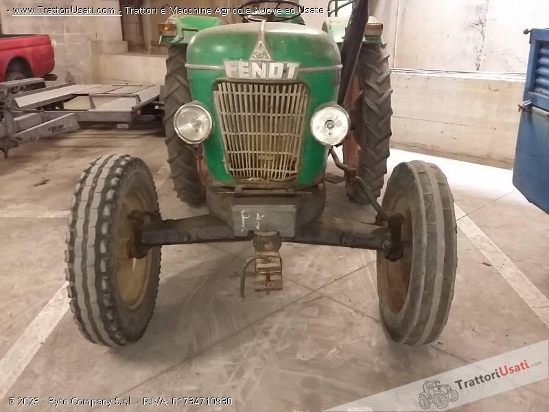 Trattore d'epoca fendt - farmer 2 1
