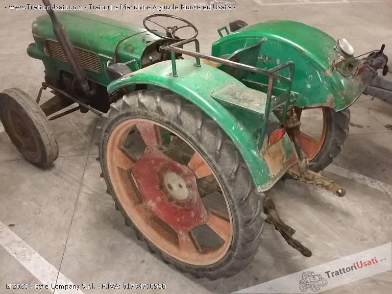 Trattore d'epoca fendt - farmer 2 2