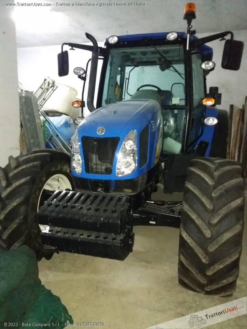 Trattore New holland T 5050