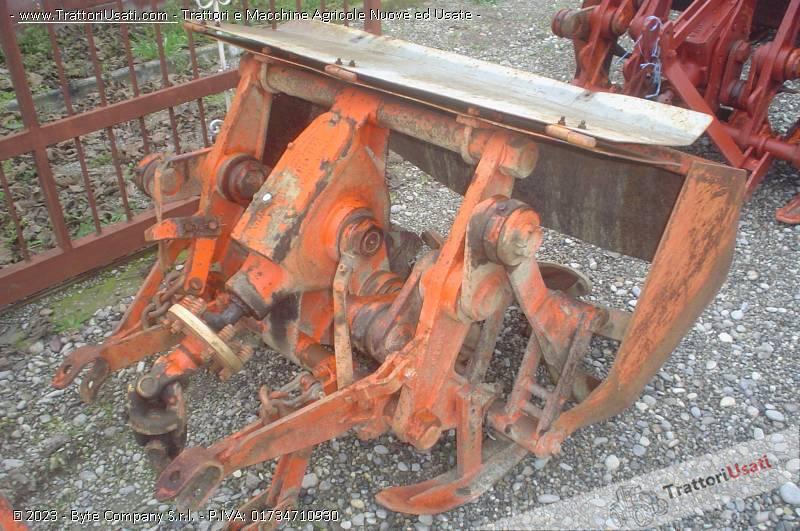 Vangatrice v 6 74 125 gramegna for Gramegna macchine agricole