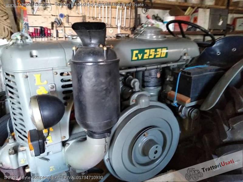 2 trattori d'epoca landini - 25 testa calda 0