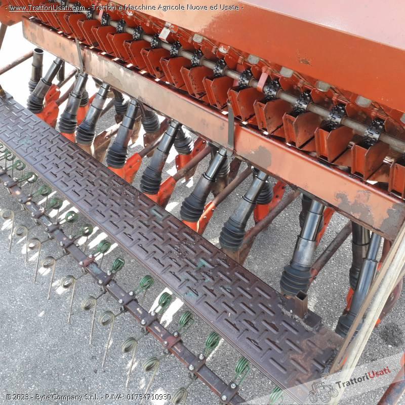 Seminatrice carraro - da grano 1